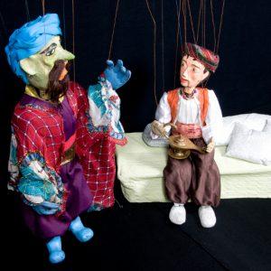 Títeres de Aladino y Mago del espectáculo de marionetas Aladino y la lámpara maravillosa